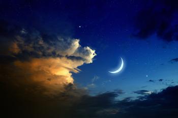 SUNSET, MOON, STARS © Ig0rzh | Dreamstime.com